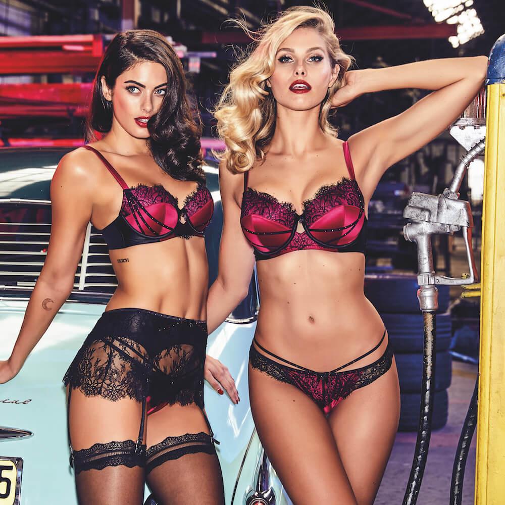 Model rancesca lingerie sirens